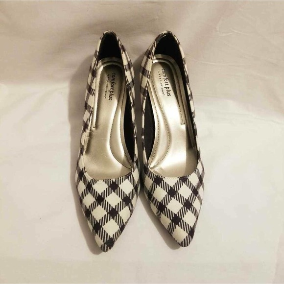Comfort Plus By Predictions Womens  Plaid 9.5